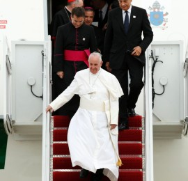 pope-francis-arrives-washington
