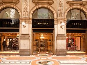 Milano_-_Boutique_Prada_-_photo_by_pcruciatti-Shutterstock.com