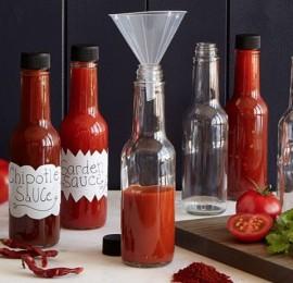 gallery-1490823451-hot-sauce-kit (1)